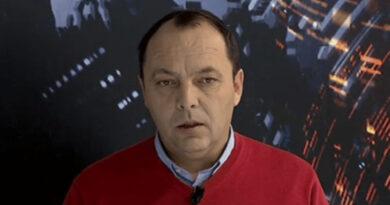 Bashkëshorti i Lirije Kajtazit 'godet' Fatmir Rexhepin, e quan komplotist